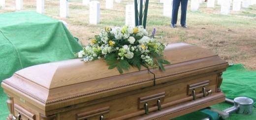casket-768x634